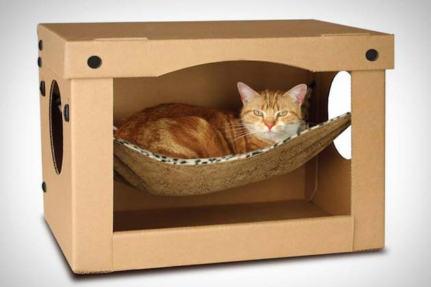 SnoozePal – Not-Your-Ordinary Cardboard Box Complete with Windows and Hammock